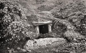 Old-photo-newgrange