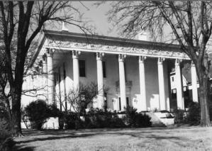 Beall's 1860 Inn