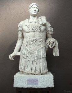 emperor_hadrian_statue_by_cronos690-d31p6c3