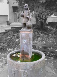 800px-Gaenselieselbrunnen_fcm