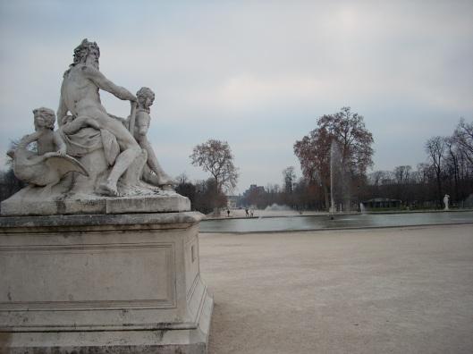 Louvregrounds