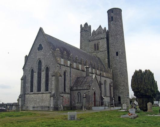 800px-church_and_round_tower_at_lusk_-_geograph-ie_-_1833150